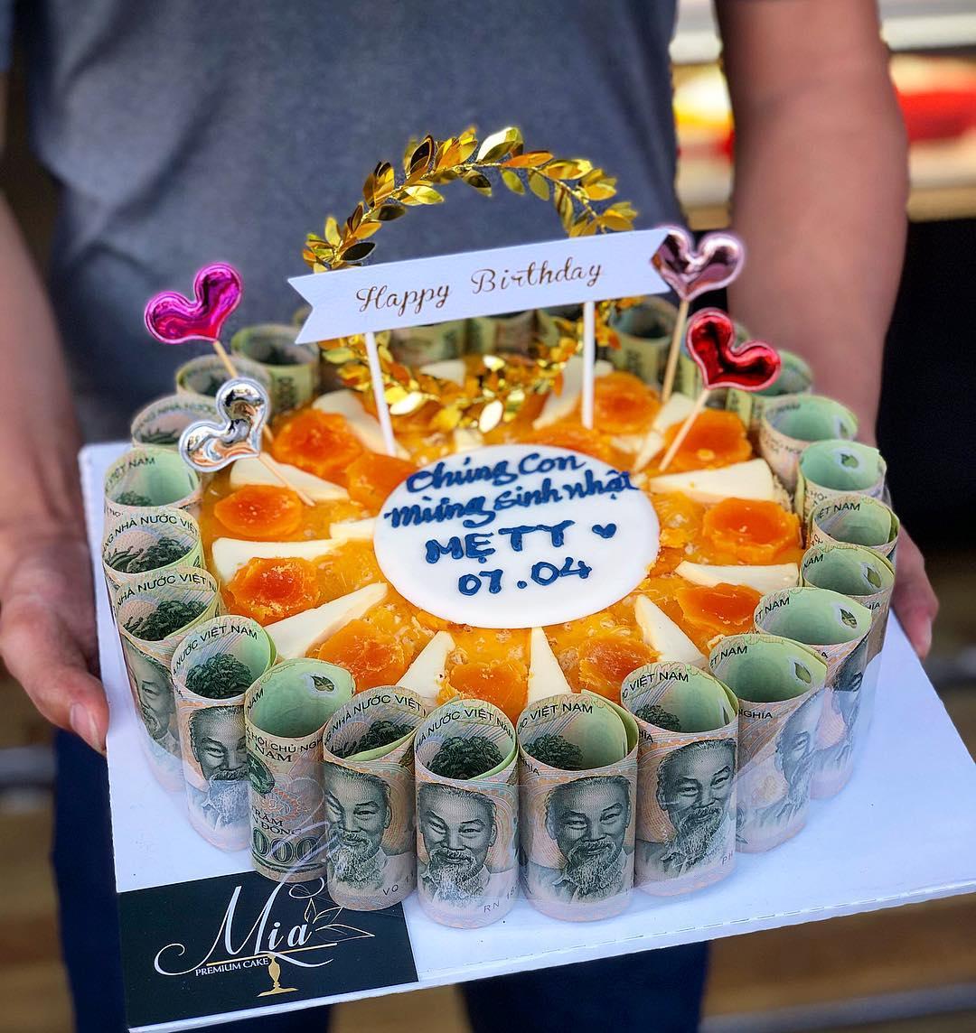 đà nẵng bakeries - miacake money birthday cake