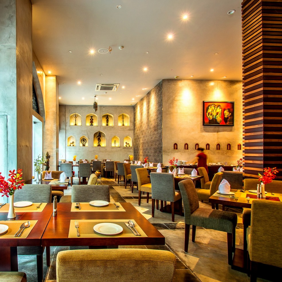 Indian & South Asian restaurants - Tandoor restaurant dining space