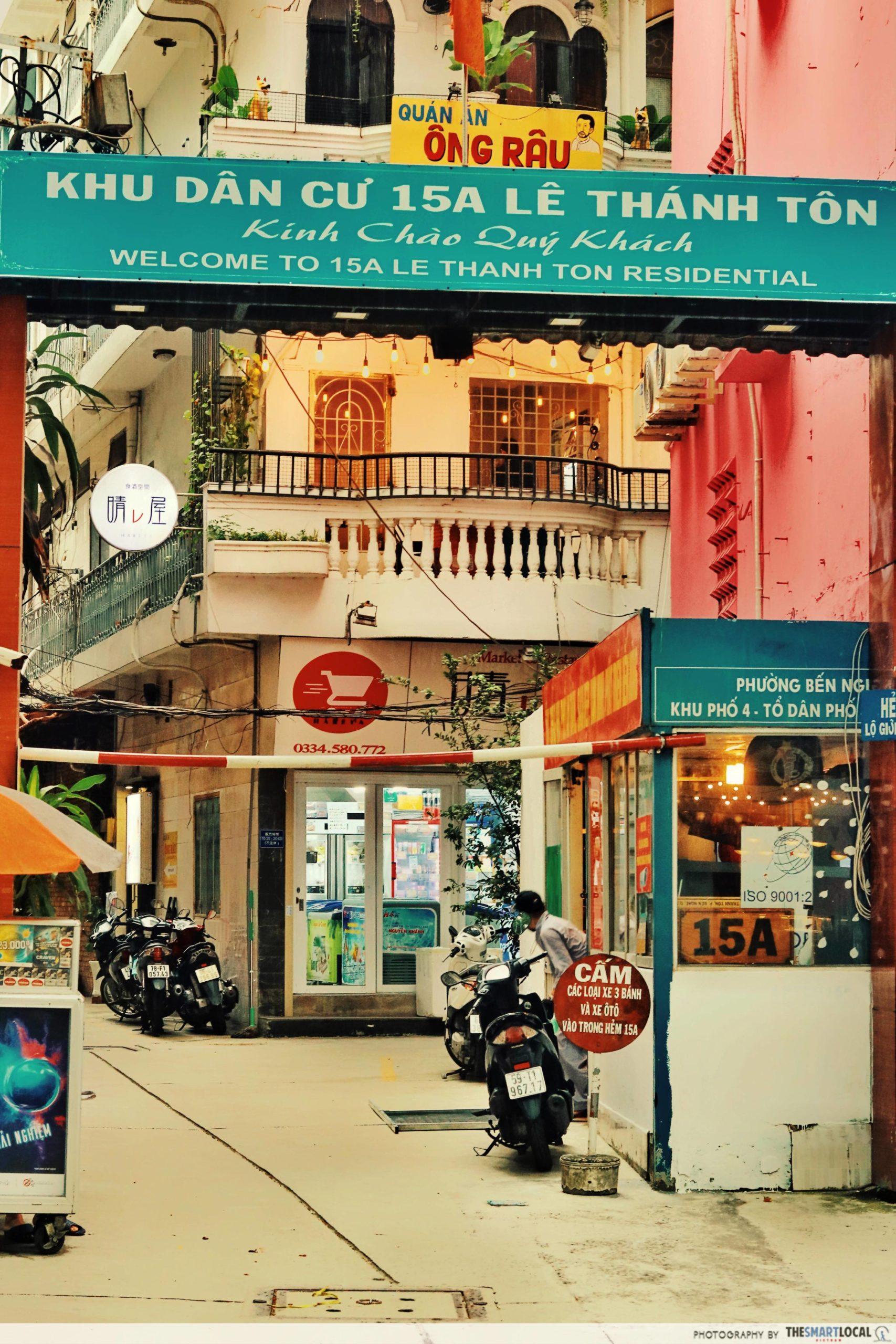 Japan Town Saigon 15A Le Thanh Ton