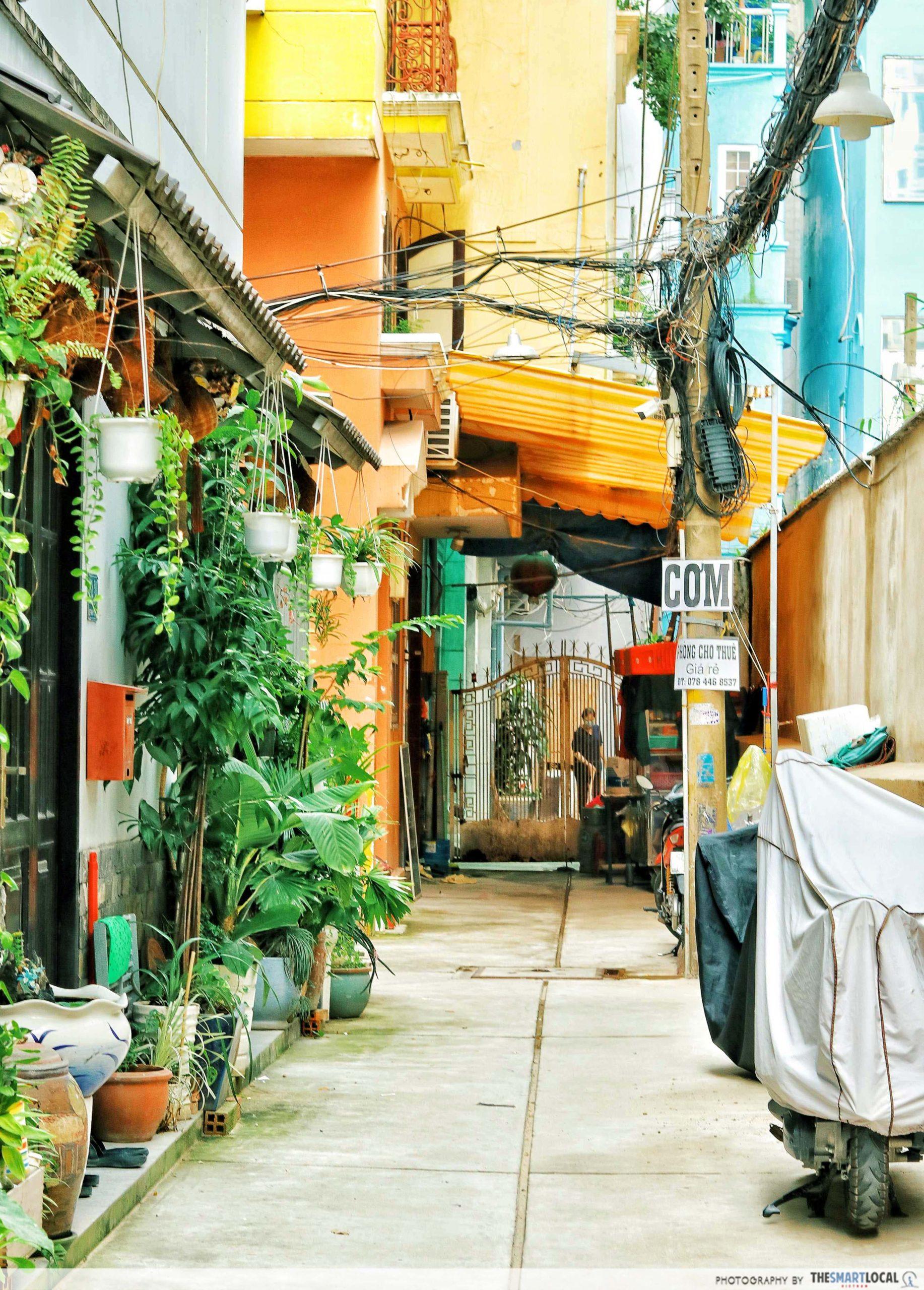 15A Le Thanh Ton alley