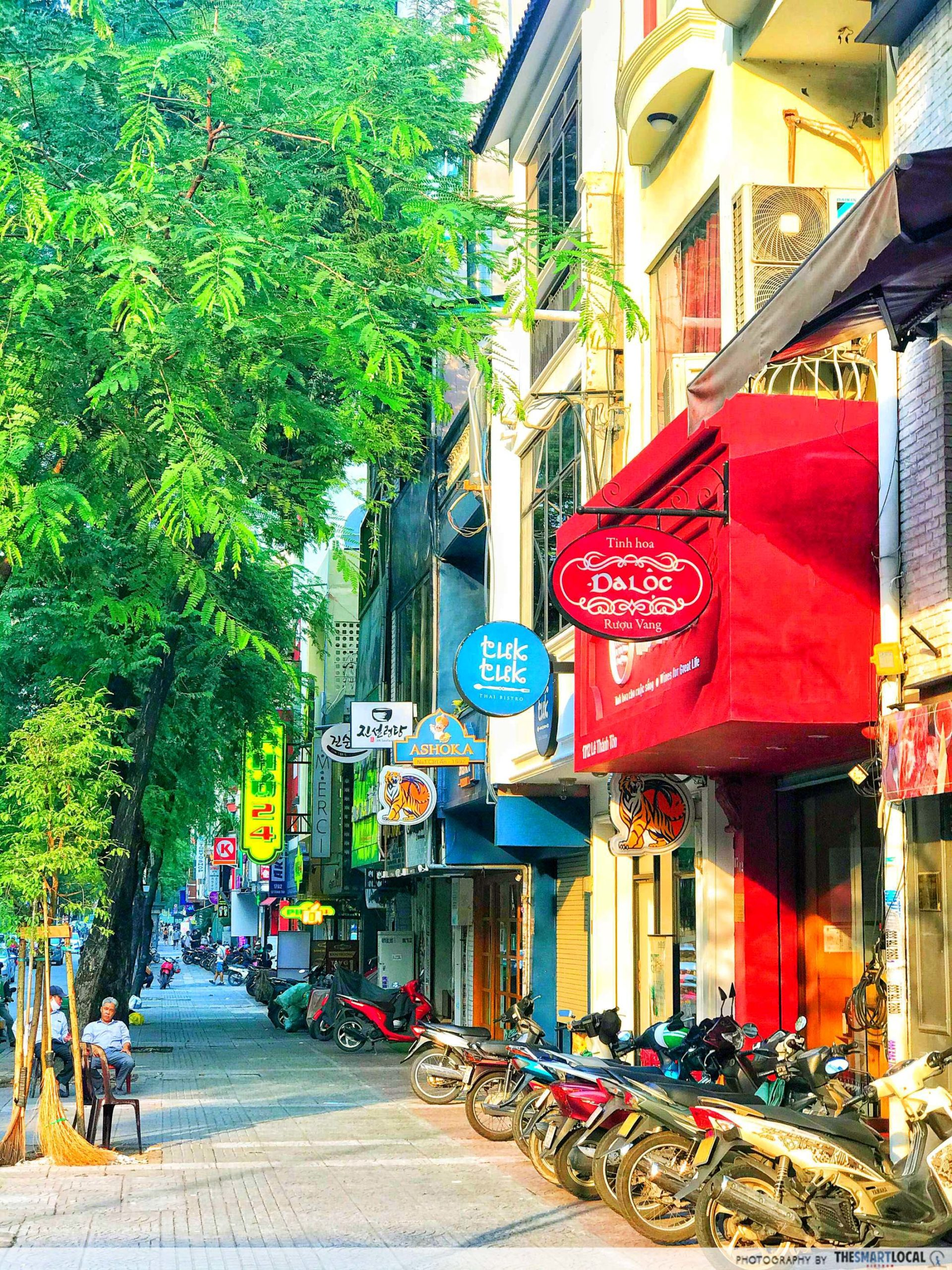 Japan town Le Thanh Ton street