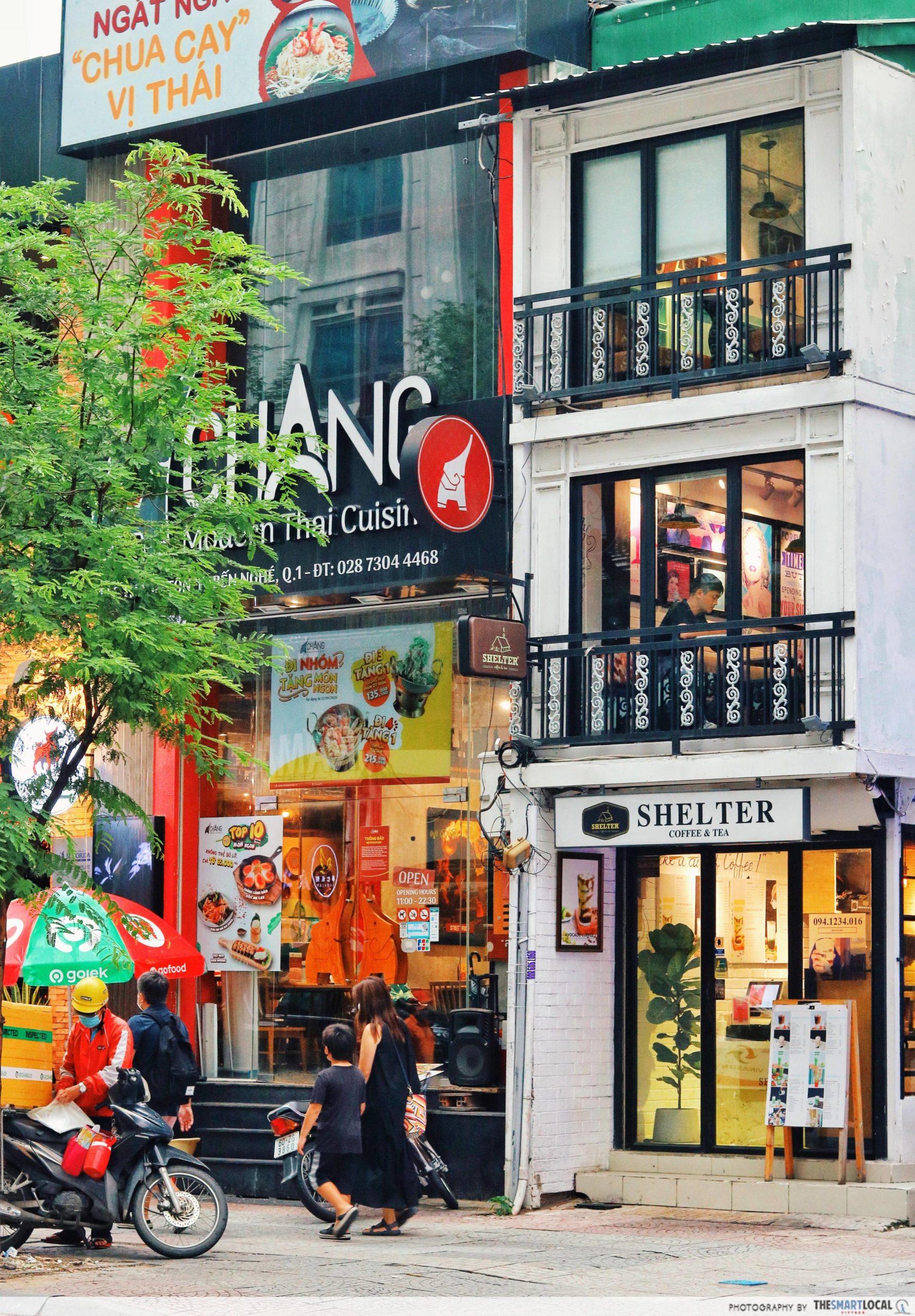 Le Thanh Ton street