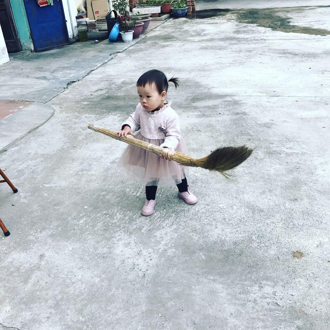 tidy house broomsticks
