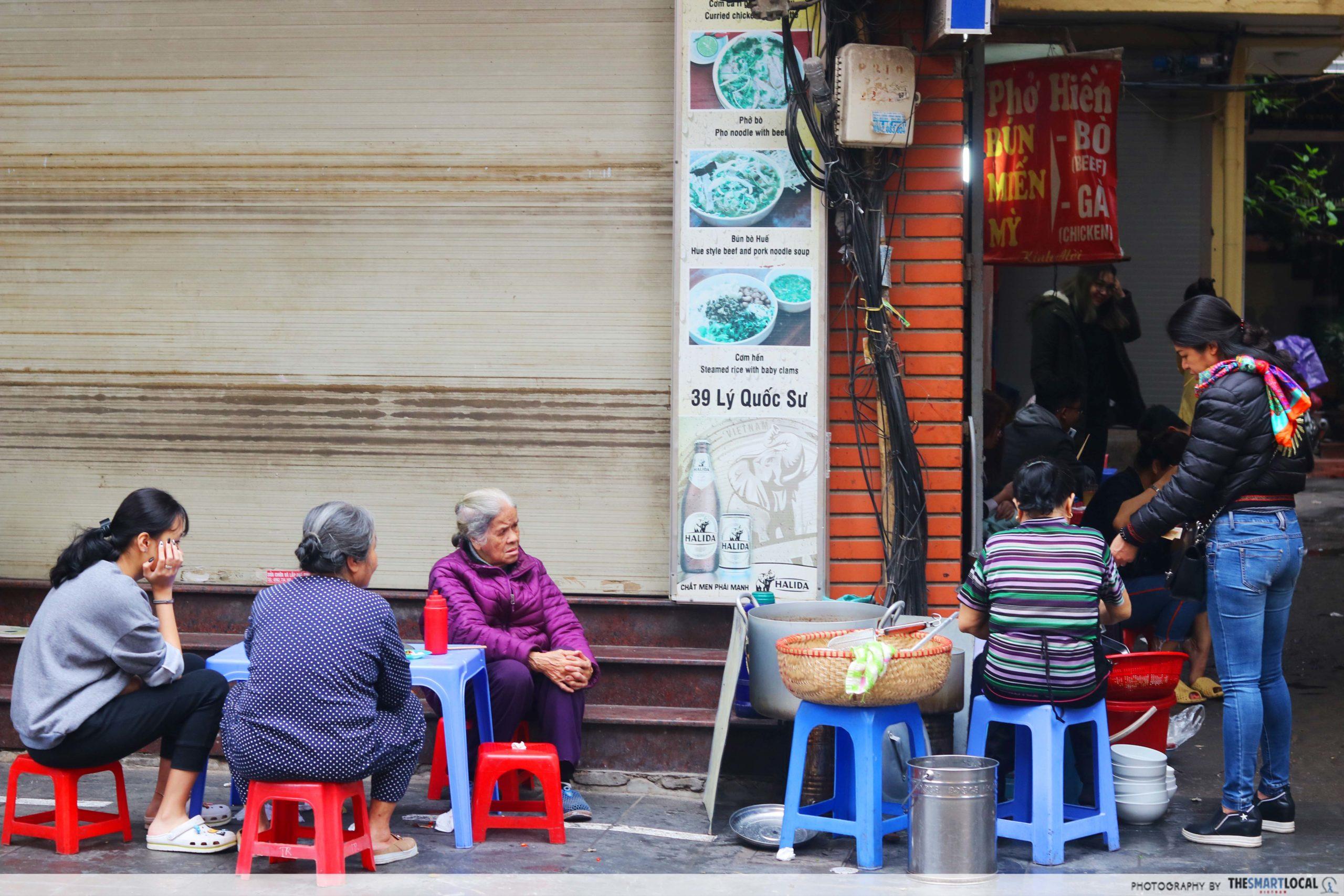 Hanoi Old Quarters - Ly Quoc Su St