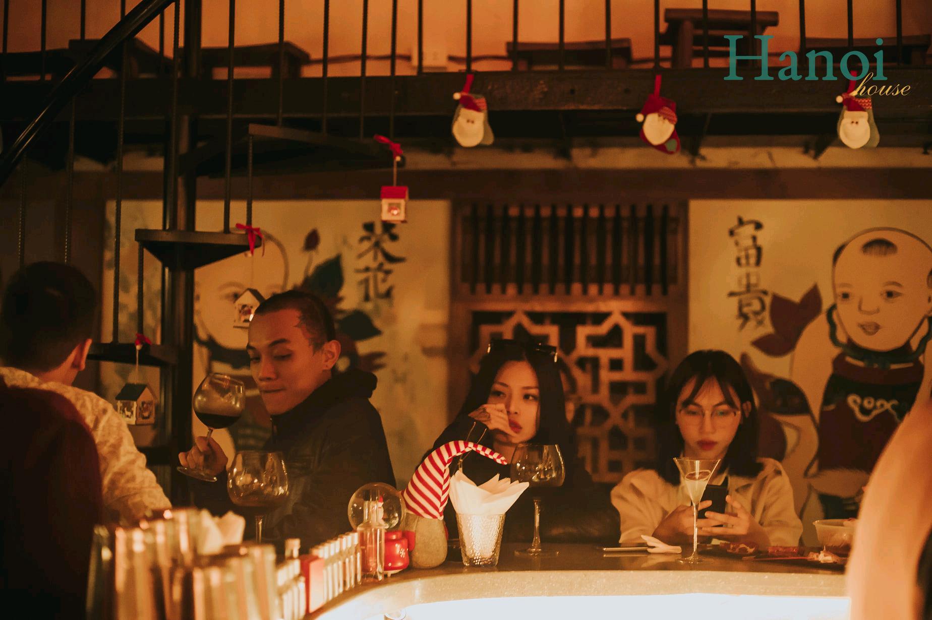 Hanoi House bar