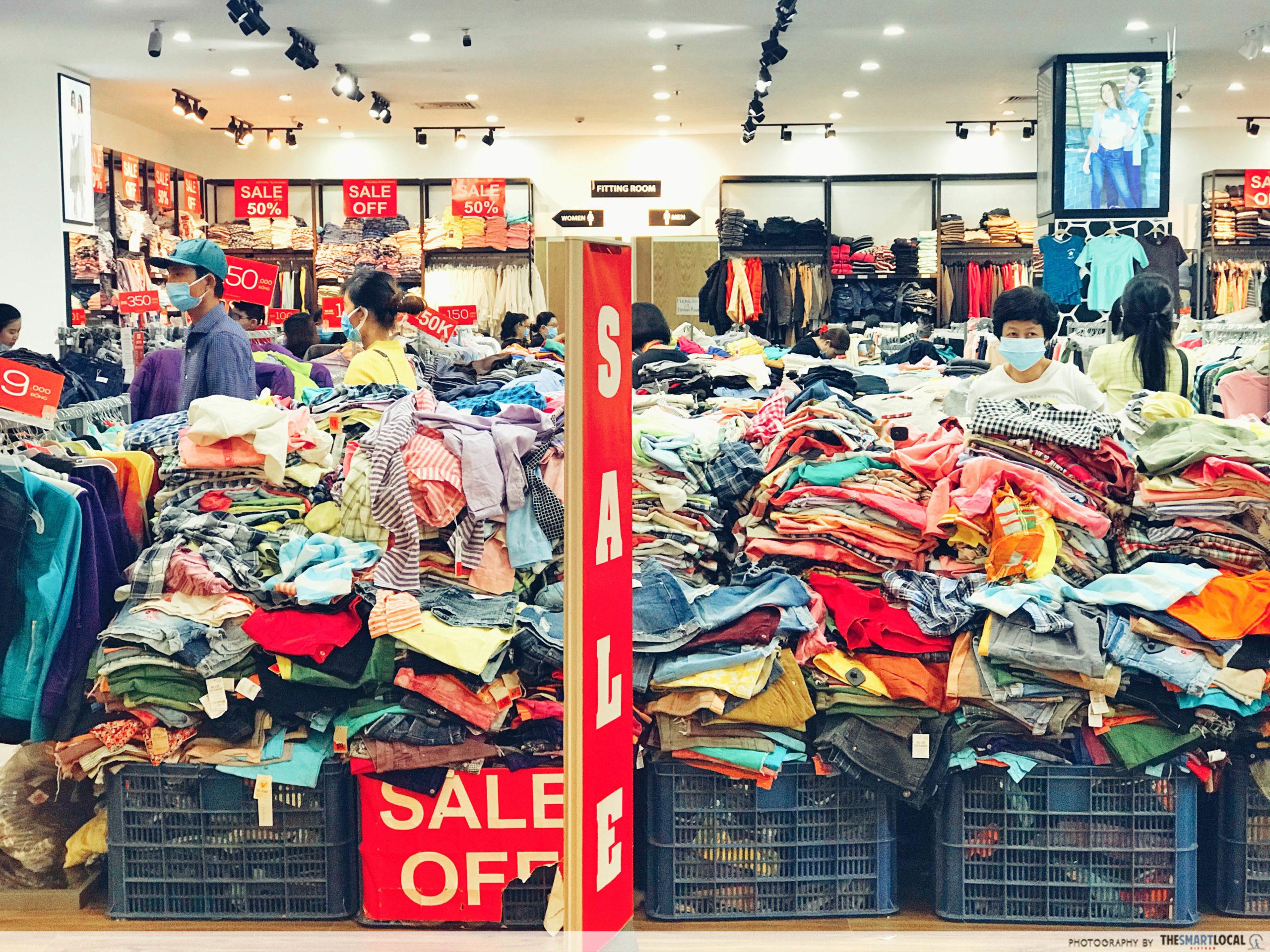 AEON MALL Clothes