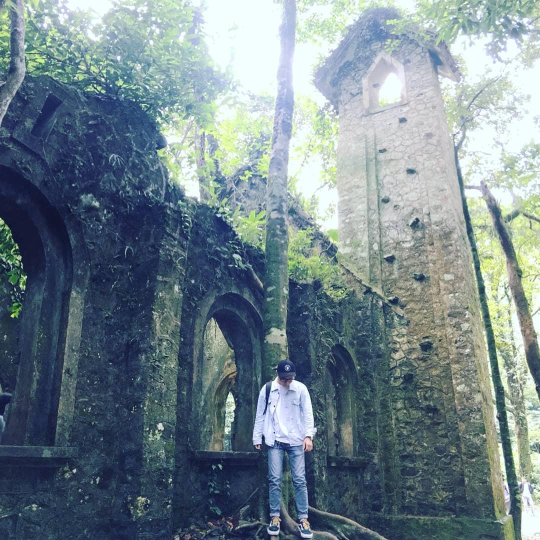 beautiful abandoned places - Ba Vi buildings