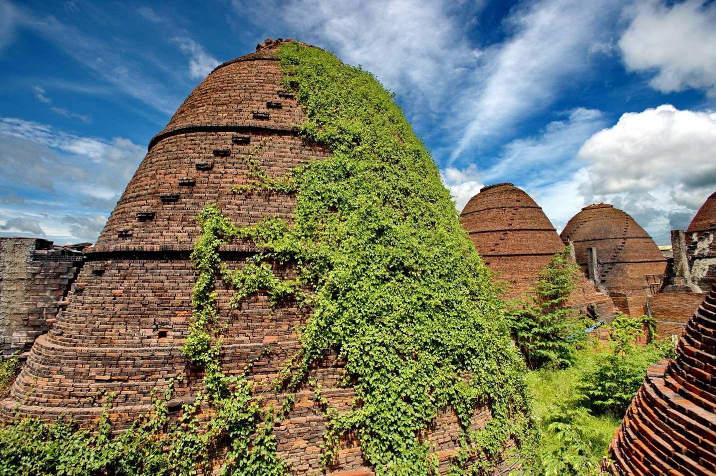 beautiful abandoned places - dong thap brickyard