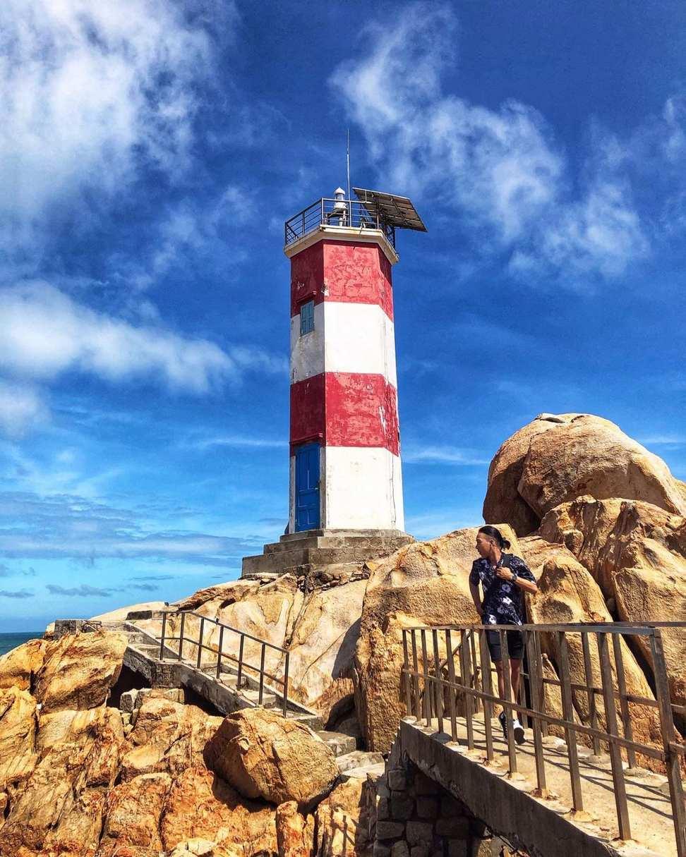 vietnam lighthouses - ganh den lighthouse