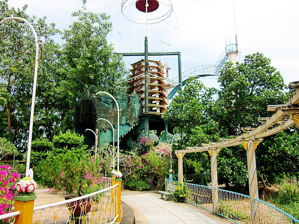 Coconut religion relic site