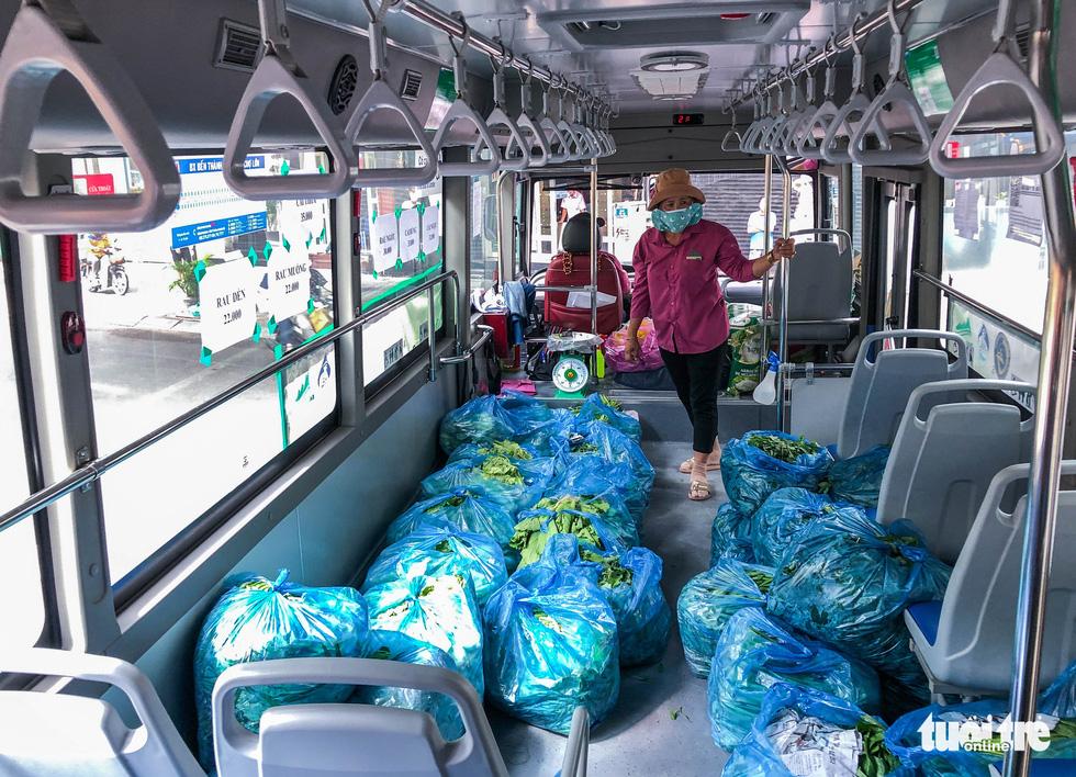 buses portable malls