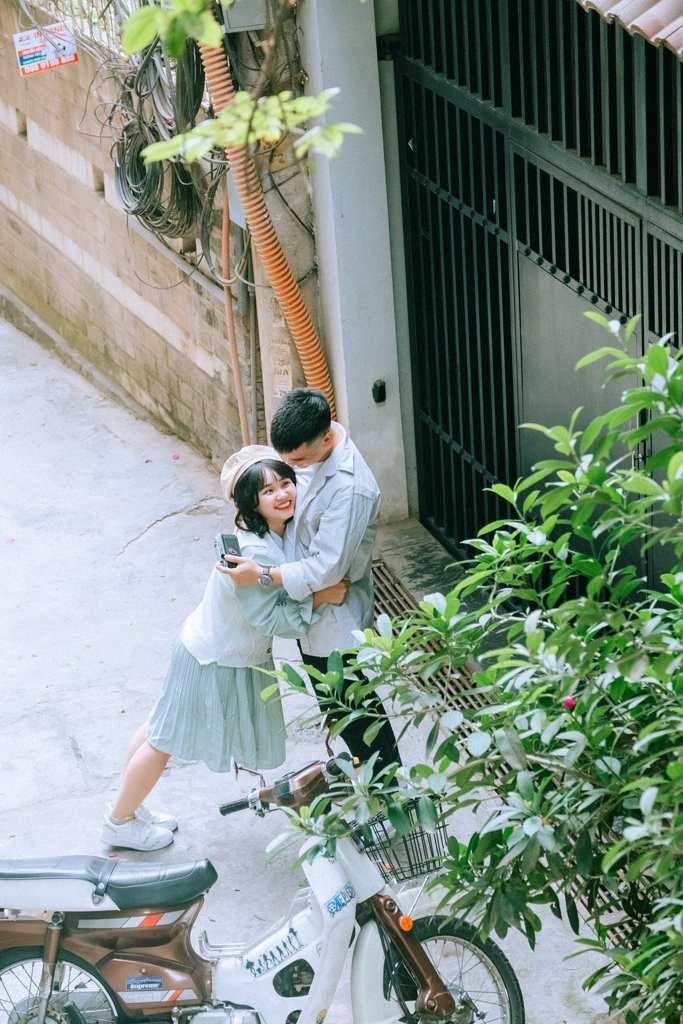 vietnam etiquette - public display of affection