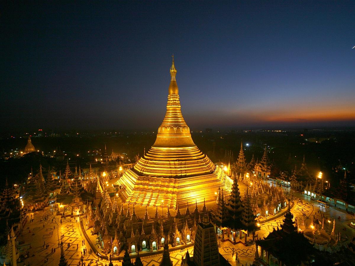 Yangon-Shwedagon-Pagoda.jpg