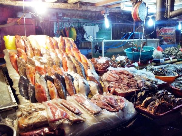 b2ap3_thumbnail_Street-Food---Dampa-Paluto-Seafood-03.jpg
