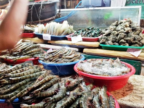 b2ap3_thumbnail_Street-Food---Dampa-Paluto-Seafood-04.jpg
