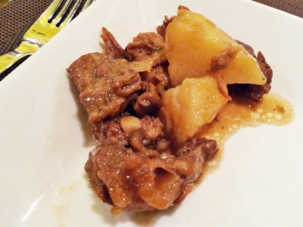 b2ap3_thumbnail_Street-Food---Braised-Beef-And-Potatoes-Stew.jpg