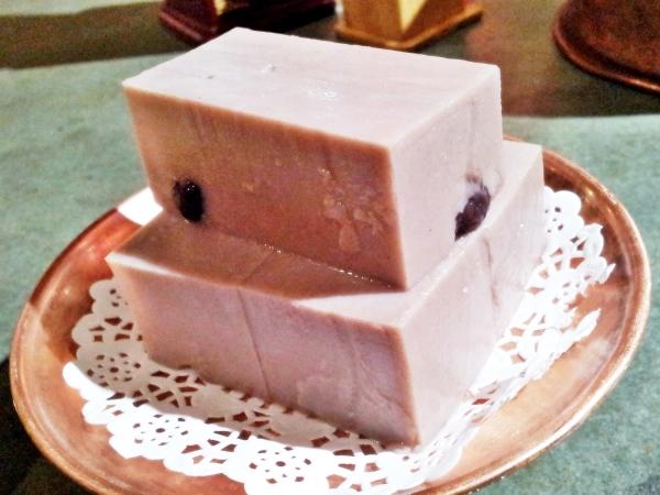 b2ap3_thumbnail_Street-Food---Cake-Cold-Bean.jpg