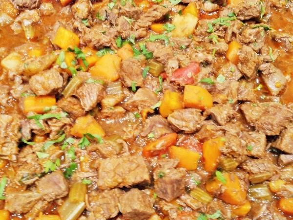 b2ap3_thumbnail_Street-Food---Goulash-Beef.jpg