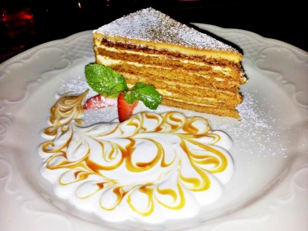 b2ap3_thumbnail_Street-Food---Honey-Cake-01.jpg