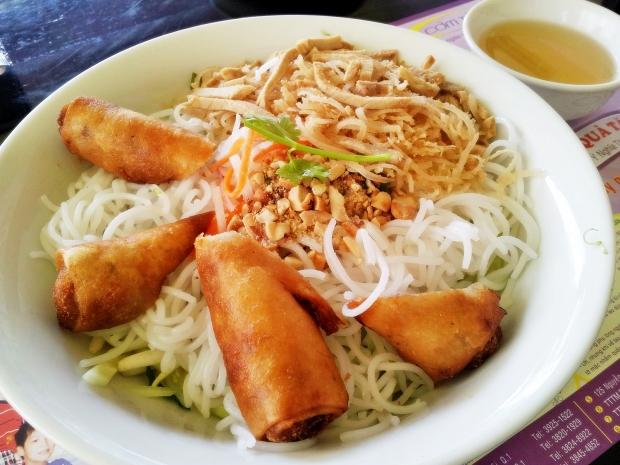 b2ap3_thumbnail_Street-Food---Bun-Bi-Cha-Gio-Pork-And-Egg-Roll-Rice-Noodle-02.jpg