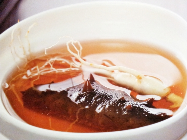 b2ap3_thumbnail_Street-Food---Soup-Double-Boiled-Sea-Cucumber-And-Ginseng.jpg