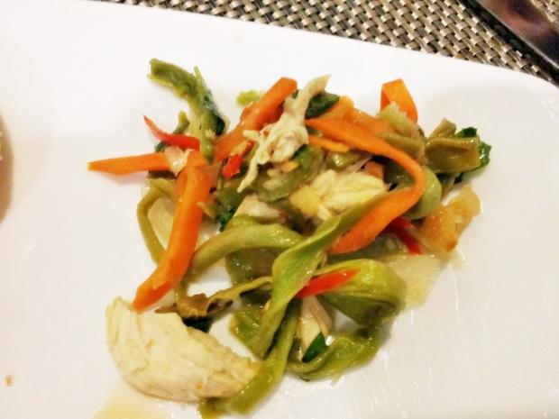 b2ap3_thumbnail_Street-Food---Tien-Vua-Chicken-Salad-02.jpg