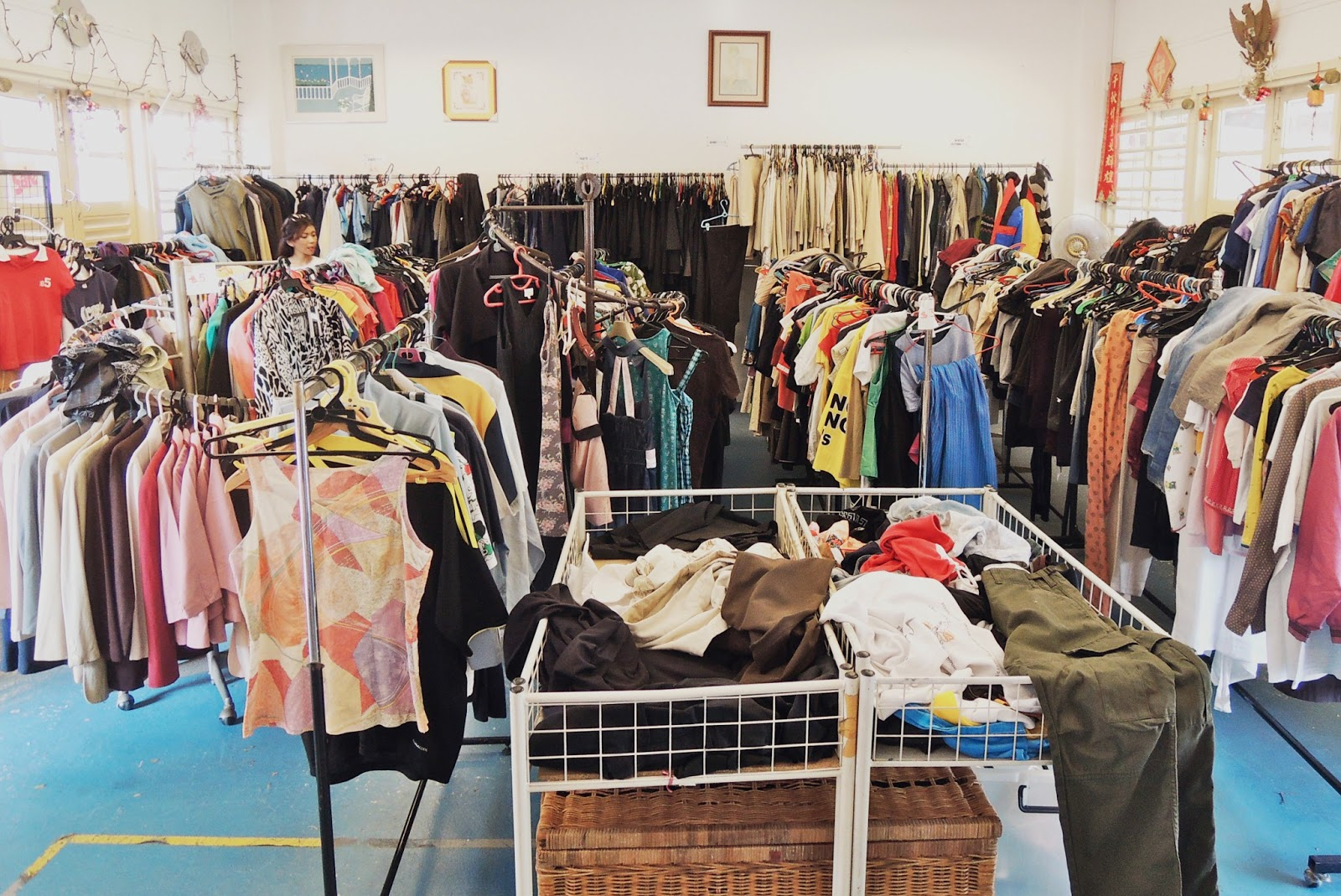 The 10 Cheapest Places to Shop in Singapore and still look