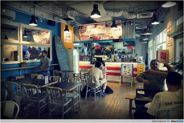 b2ap3_thumbnail_Little-Hiro-Interior.JPG
