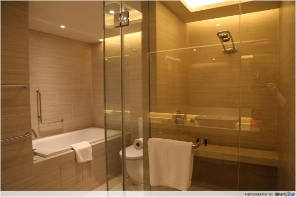 b2ap3_thumbnail_Pan-Pacific-Bathroom.JPG