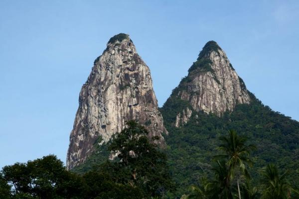 b2ap3_thumbnail_Tioman-Climb-The-Twin-Peaks.jpg