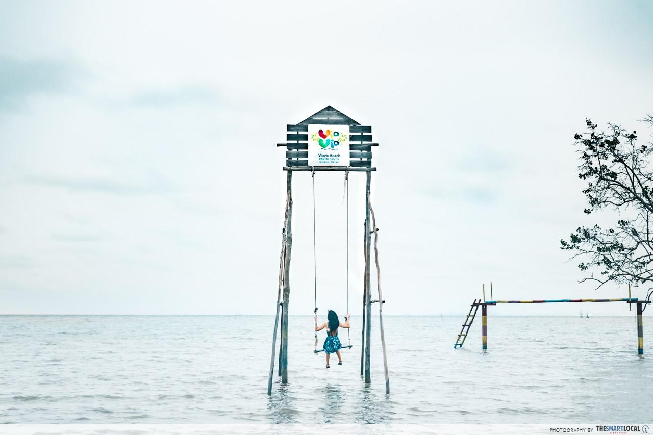 batam instagram swing pantai viovio