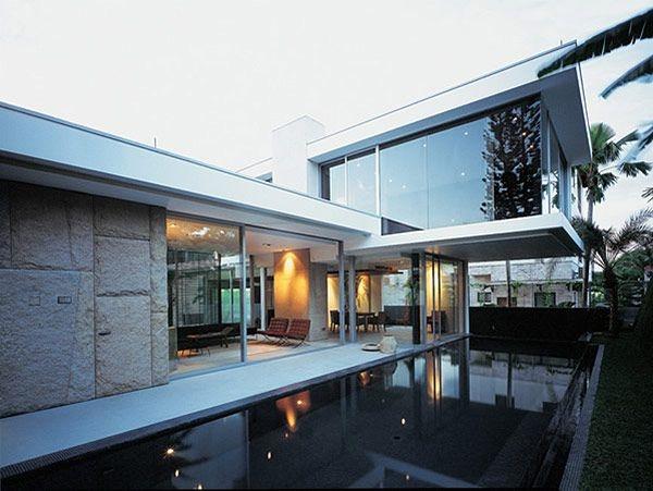 b2ap3_thumbnail_House-at-Nim-Crescent-1.jpg