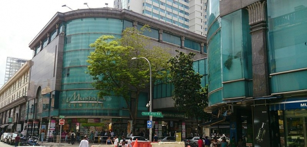 b2ap3_thumbnail_Mustafa_shopping_center_Singapore.jpg