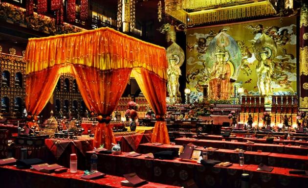 b2ap3_thumbnail_Buddha-Tooth-Relic-Temple---William-Cho.jpg