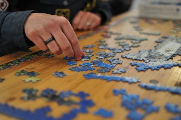 b2ap3_thumbnail_Jigsaw_puzzle_01_by_Scouten.jpg