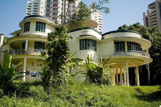 b2ap3_thumbnail_art-deco-abandoned-house-singapore-grange-road-urban-ghost-media.jpg