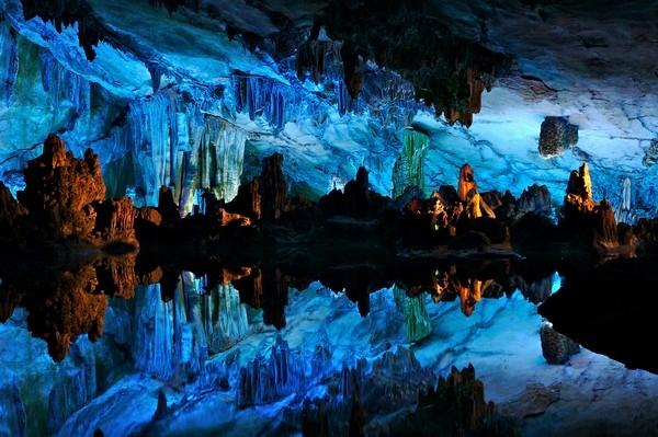 b2ap3_thumbnail_Reed-Flute-Cave_China.jpg