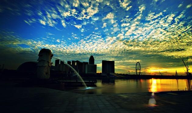 b2ap3_thumbnail_800px-Sunrise-MarinaBay-Singapore-20090419.jpg