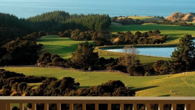 b2ap3_thumbnail_The-Farm-at-Cape-Kidnappers-golf_big.jpg