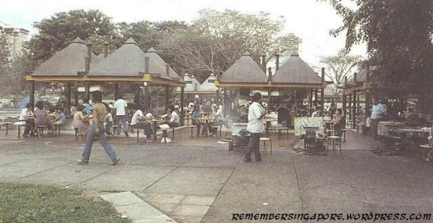 b2ap3_thumbnail_the-satay-club-at-esplanade-1980.jpg