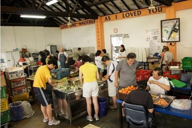 b2ap3_thumbnail_Willing-Hearts-soup-kitchen.jpg