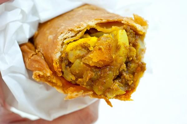 b2ap3_thumbnail_amk-curry-puff-05.jpg