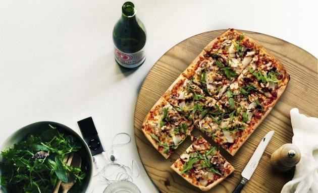 b2ap3_thumbnail_crust-gourmet-pizza-lifestyle-five-spice-pork-belly_3.jpg