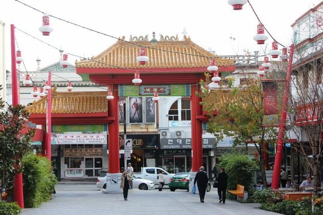 b2ap3_thumbnail_chinatown-mall-moon-festival-valley1-Copy.jpg