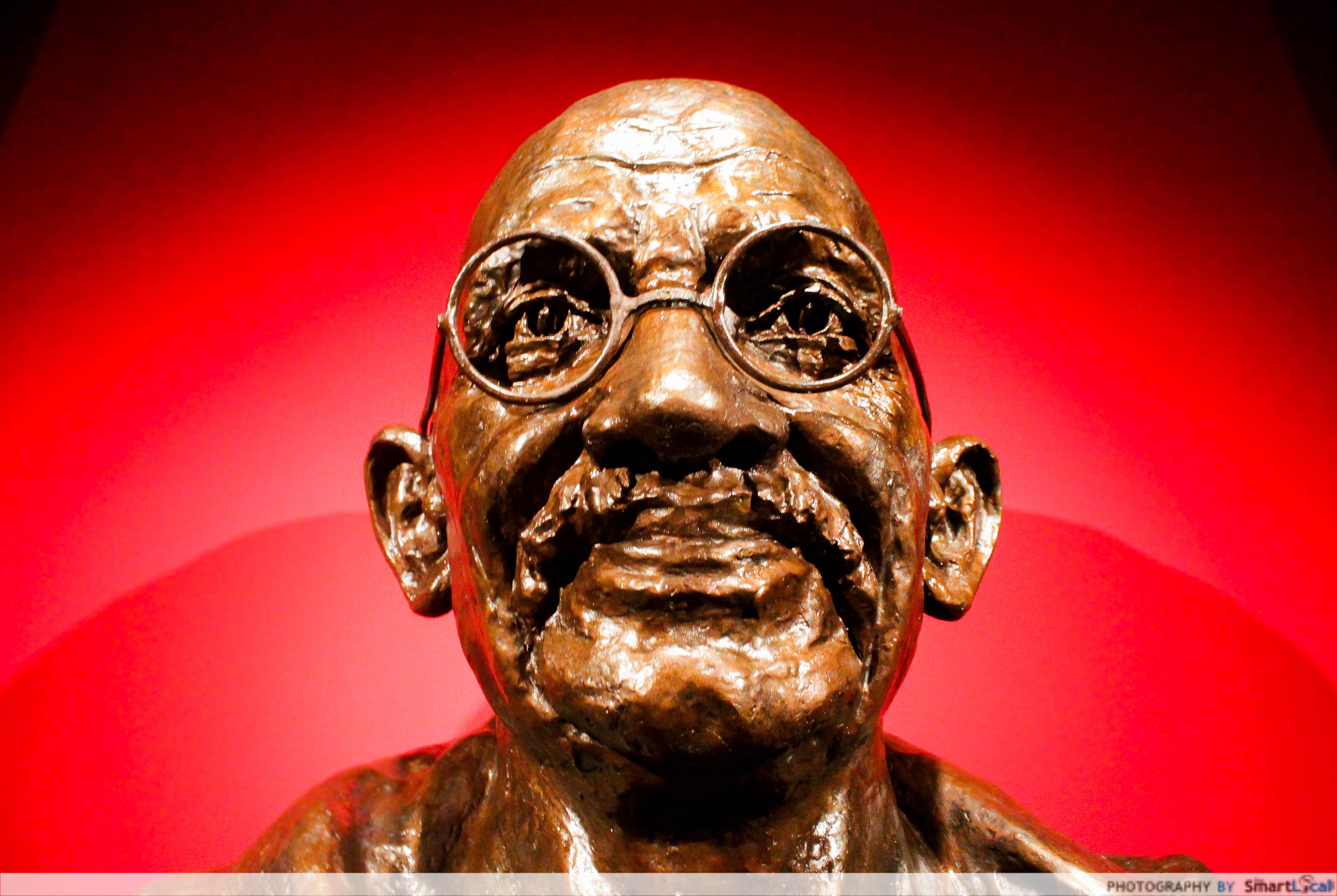 4.-Gandhi.jpg