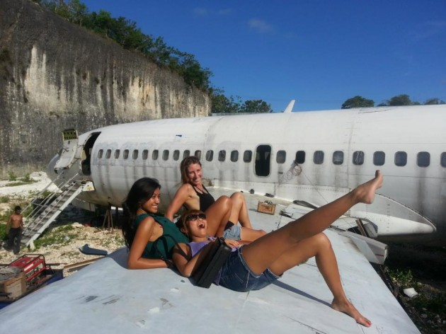 b2ap3_thumbnail_hanging-out-on-the-wing-of-a-plane-bali.jpg