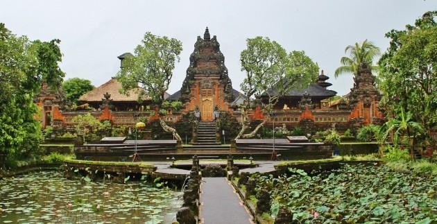 b2ap3_thumbnail_ubud-royal-palace1.jpg