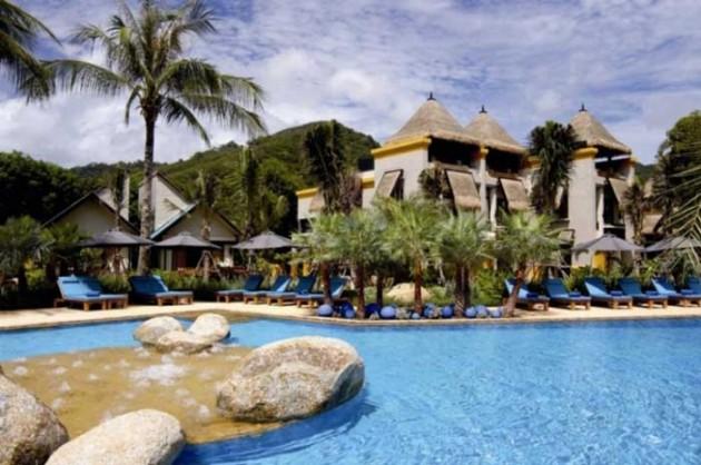 b2ap3_thumbnail_Moevenpick-Karon-Beach-Phuket-Signature-Image.jpg