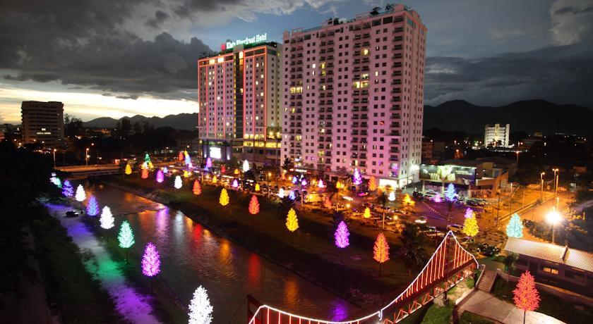 riverfronthotel