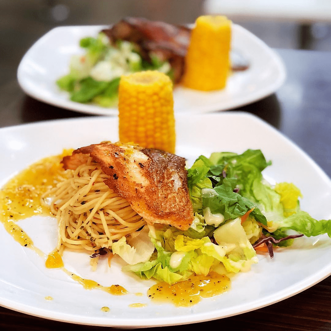 Grilled Salmon Fillet with Mango Sauce, Pasta, Corn & Salad